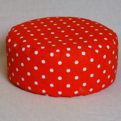 Pohánkový meditačný sedák 38 x 10 cm červený puntík
