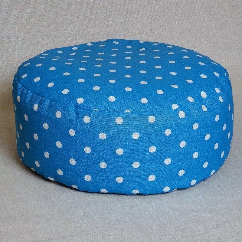 Pohankový meditační sedák 38 x 10 cm modrý puntík