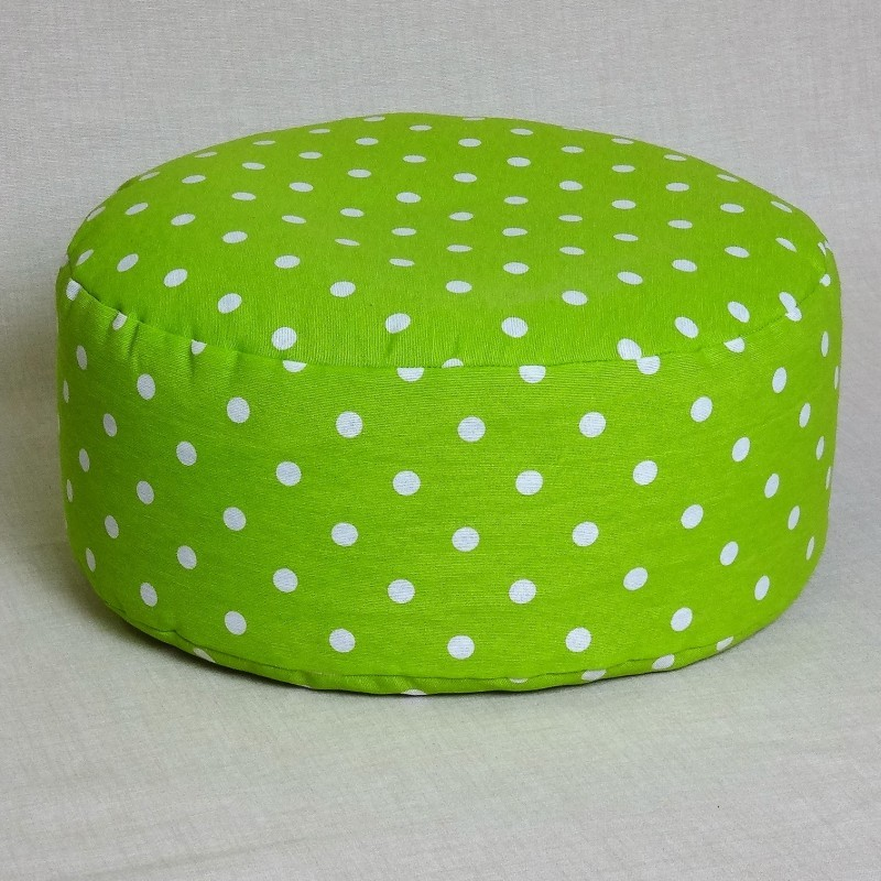 Pohánkový meditačný sedák 30 x 10 cm zelený puntík